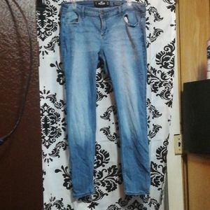 Hollister super skinny low rise sz 15